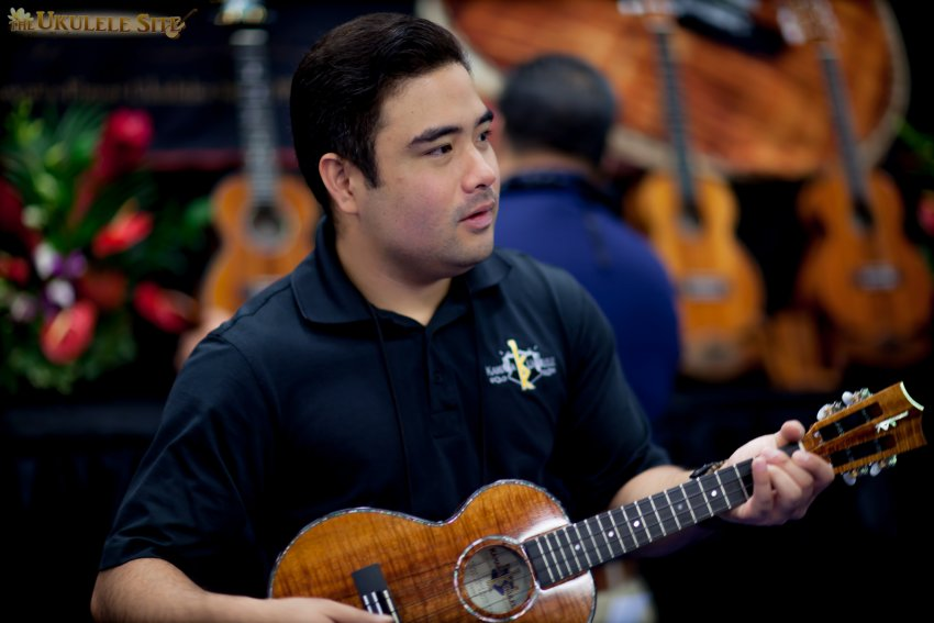 Namm 2015 – Day 1 – Kamaka Booth