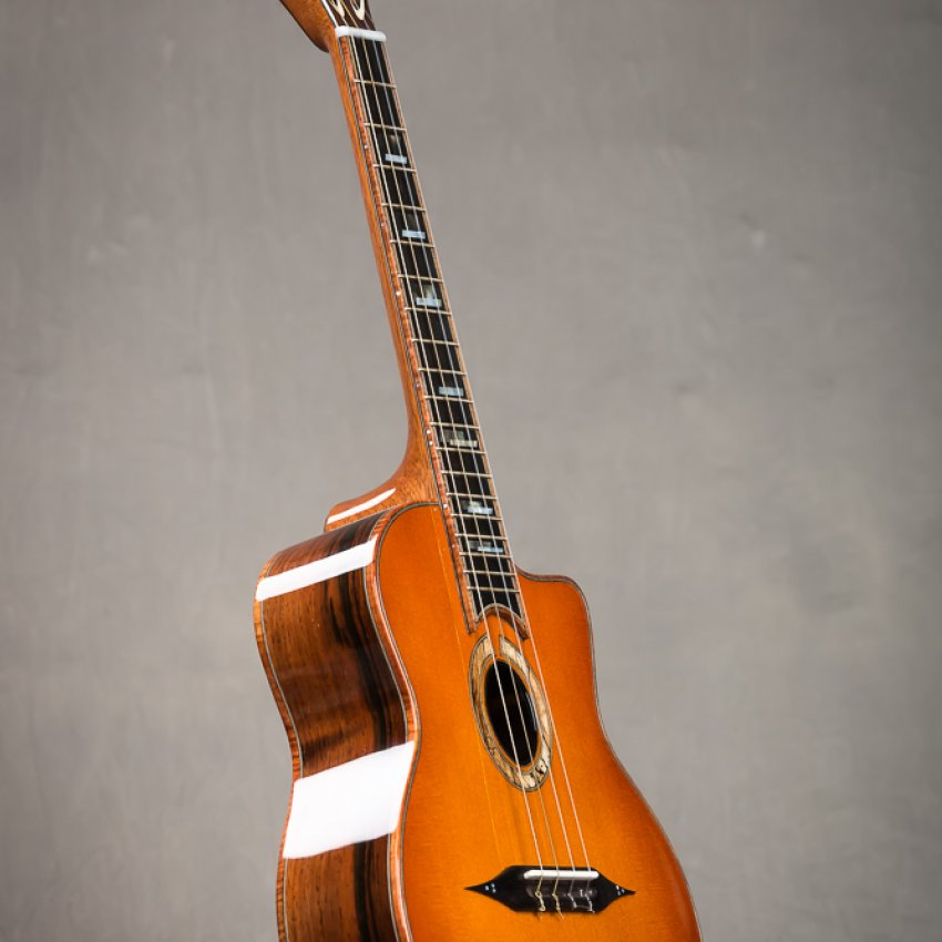 Beau Hanamm – Custom Maccaferri Tenor