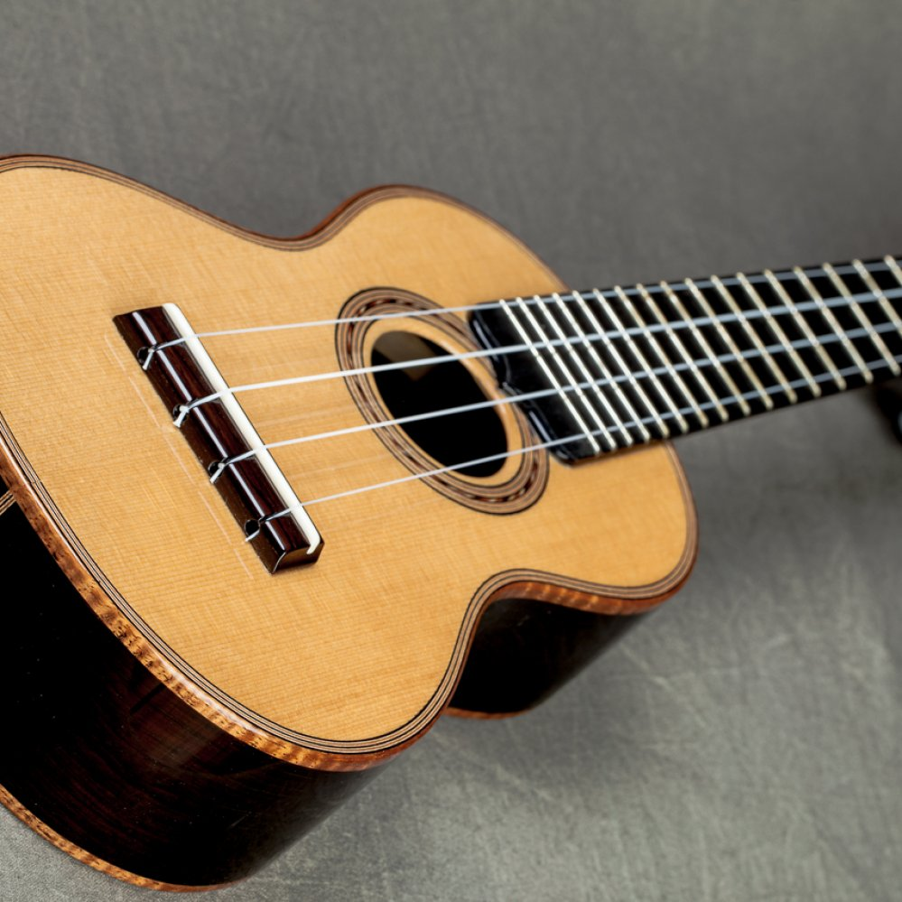 Tommy Rodriguez Soprano ~Spruce-Rosewood Gloss Deluxe